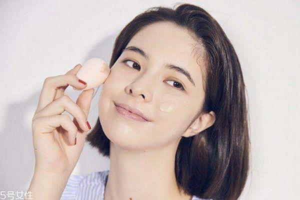 美妆蛋一定要吸水用吗 美妆蛋的功能作用