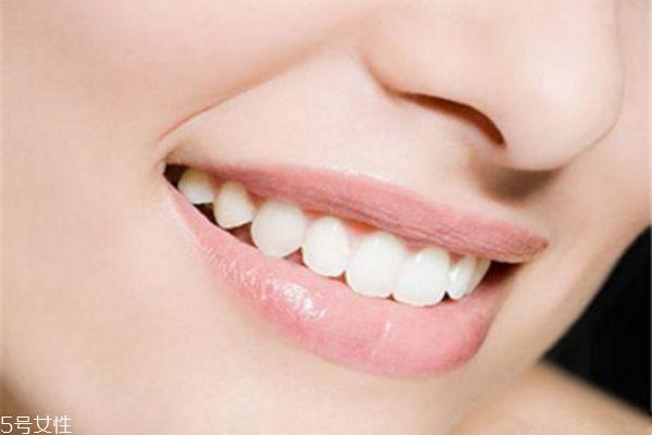 牙黄变白最实用的方法 低成本牙齿美白小妙招