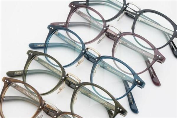 yellows plus是什么牌子 潮人最爱的眼镜品牌