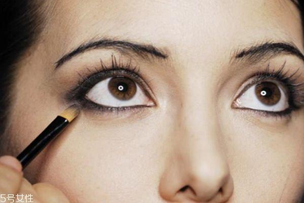 教你画眼线 学生妆图片