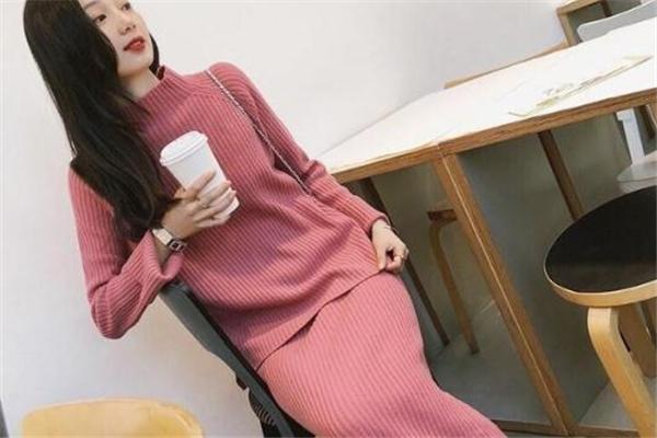 毛衣裙适合什么温度穿 换季必备单品