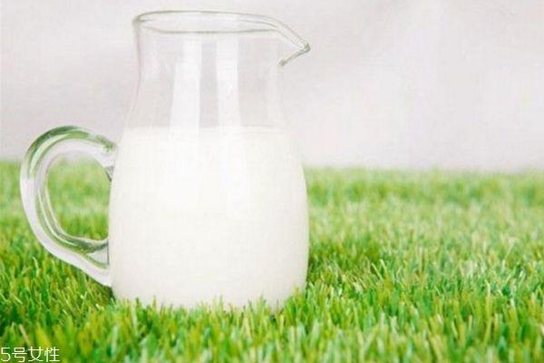 自制香蕉牛奶面膜怎么做 香蕉牛奶面膜步骤