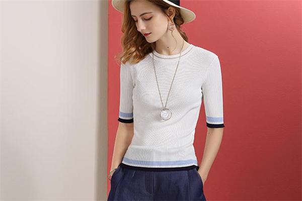 冰丝针织衫什么季节穿 和款式有关