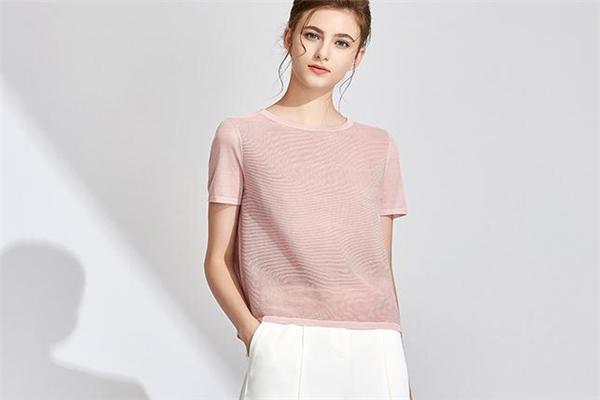 冰丝针织衫夏天穿热吗 面料非常凉爽