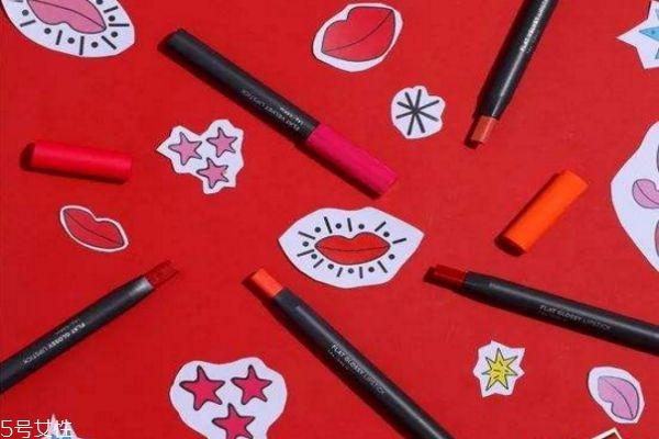 菲诗小铺唇膏笔怎么用 菲诗小铺唇膏笔试色