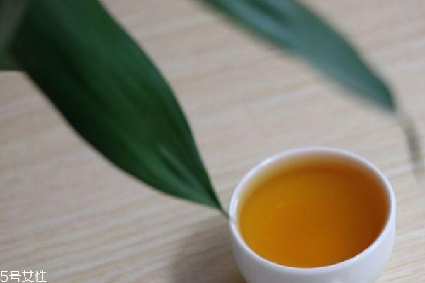 正山小种属于岩茶图片