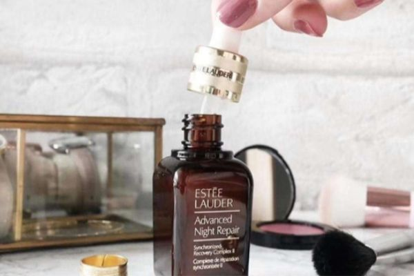 小棕瓶精华一次用几滴 小棕瓶的用法