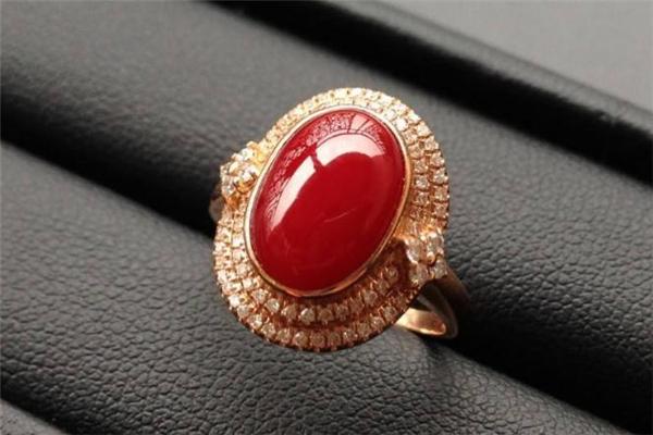 红珊瑚戒指可以戴着睡觉吗 不利于保养
