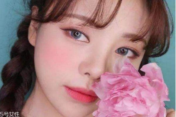 樱花妆怎么画 最流行的樱花妆容