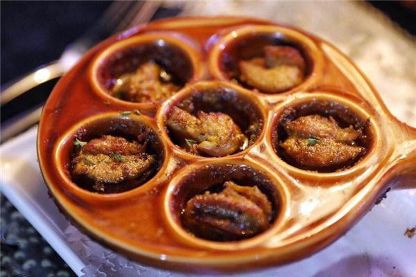 法式焗蜗牛怎么吃 有专用餐具