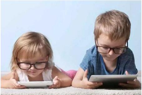 补充叶黄素助于孩子预防近视加深-儿童叶黄素哪个牌子好
