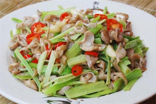 猪大肠可以炒芹菜吗 猪大肠炒芹菜的做法