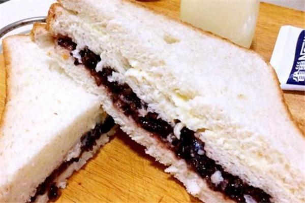 紫米面包热量高吗 减肥人群要少吃