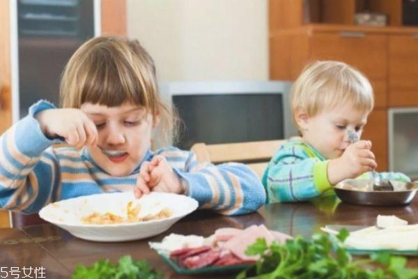 什么水果一岁宝宝不能吃 一岁宝宝不能吃的食物