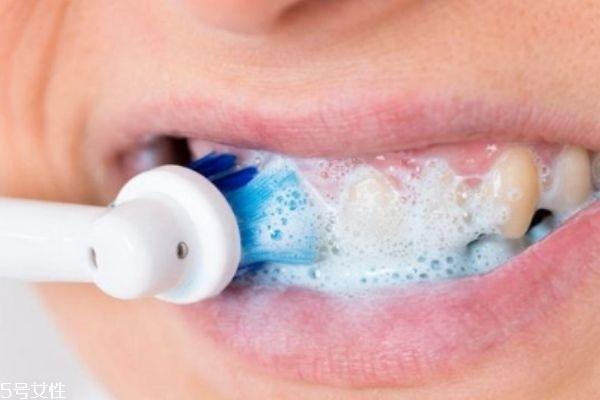洗牙粉有副作用吗 有一定的副作用