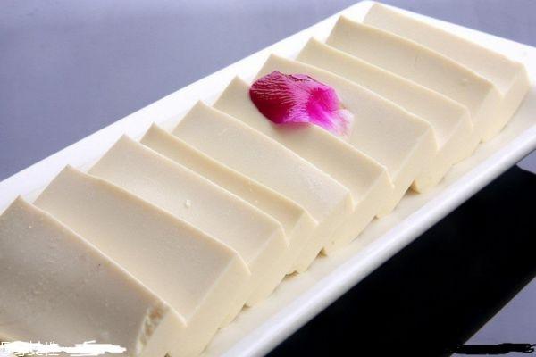 豆腐吃多了有什么坏处 豆腐的功效与作用