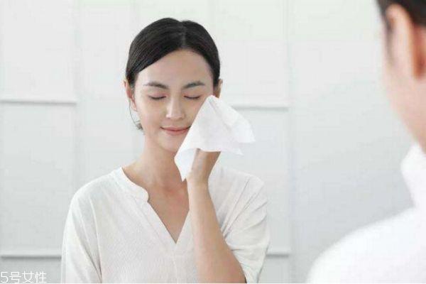 一天洗几次脸 揭秘日常洗脸误区