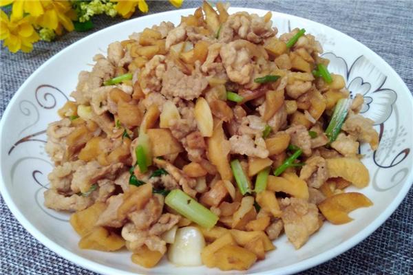 萝卜干炒肉的做法 开胃家常菜