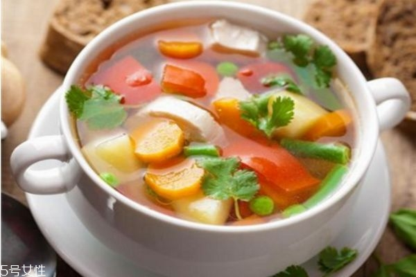 夏天喝什么汤减肥 最适合夏天喝的汤食
