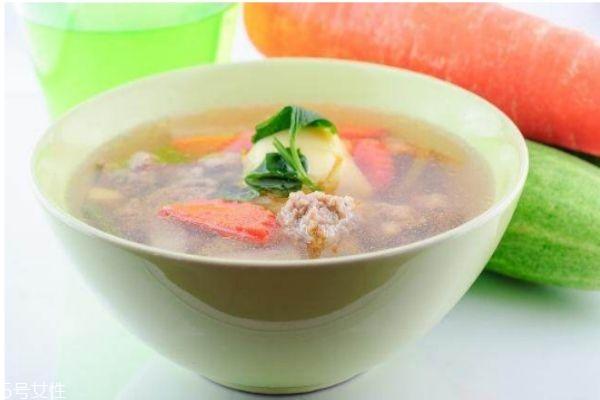 汤泡饭和饭后喝汤有什么不一样 汤泡饭和饭后喝汤的区别