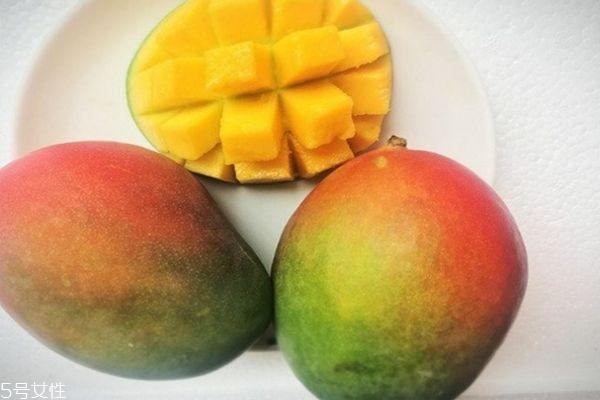 每天吃多少芒果合适 芒果一天吃多少为宜