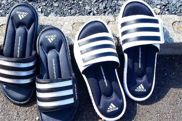 阿迪达斯拖鞋沾水发臭怎么办 去异味妙招