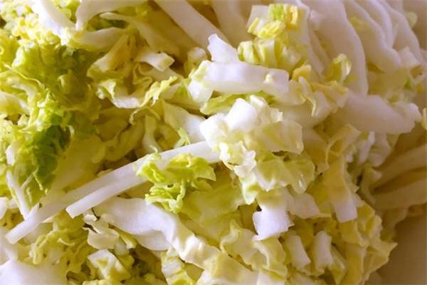 孕妇可以吃黄芽菜吗 适当食用好处多