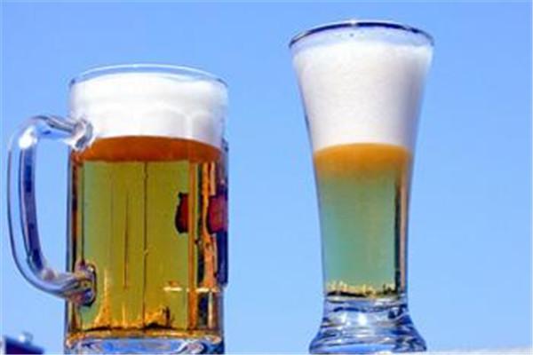 啤酒可以和酸奶一起喝吗 啤酒和酸奶一起喝的影响