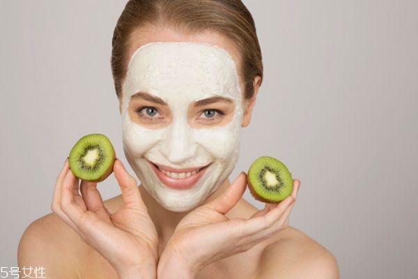 保湿面膜可以天天做吗 保湿面膜用完要洗脸吗