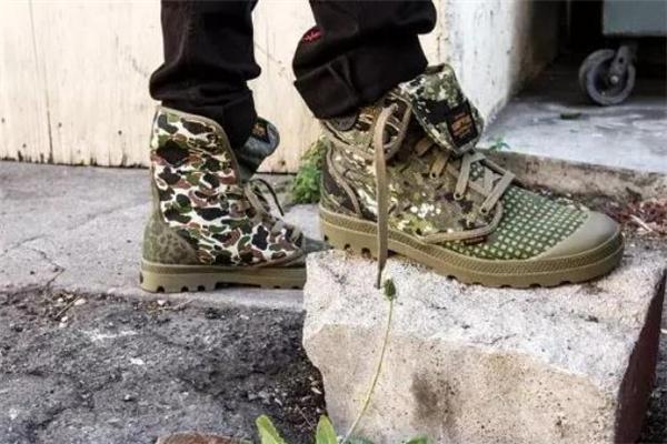 palladium怎么搭配衣服 帕拉丁军靴搭配指南