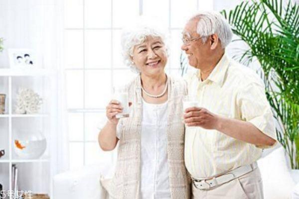中老年人为什么要补钙 老年人缺钙的危害