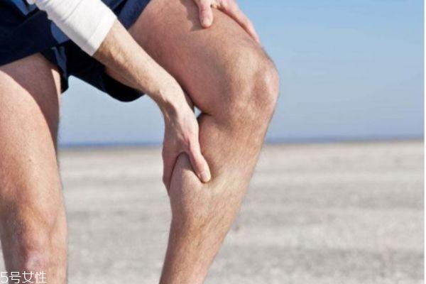 小腿抽筋是缺钙吗 可能是这些因素