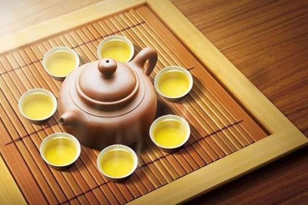 夏天应该喝什么茶 夏天喝什么茶好