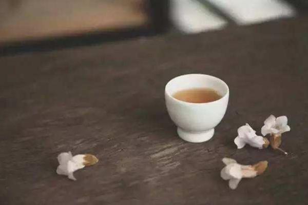 夏天喝什么茶减肥 夏天喝茶减肥的方法