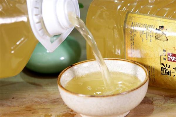 血糖高能喝黄酒吗 不要过量饮酒