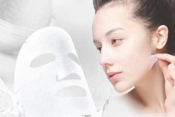 脸部护肤品使用步骤 先涂面霜还是精华液