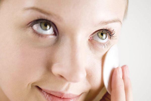 化妆水敷脸多久 化妆水敷脸的用法