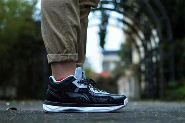团队篮球鞋是什么意思 篮球鞋td版什么意思