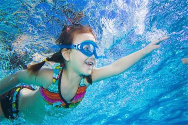 游泳可以长高吗 游泳的好处