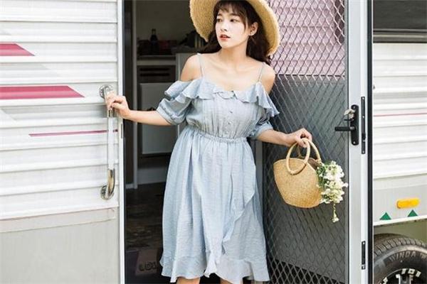 大胸女生穿什么裙子好看 连衣裙这样选