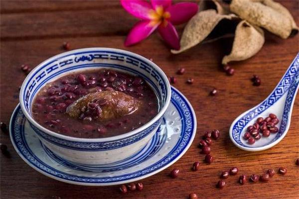 经期可以喝红豆汤吗 经期吃红豆汤的好处
