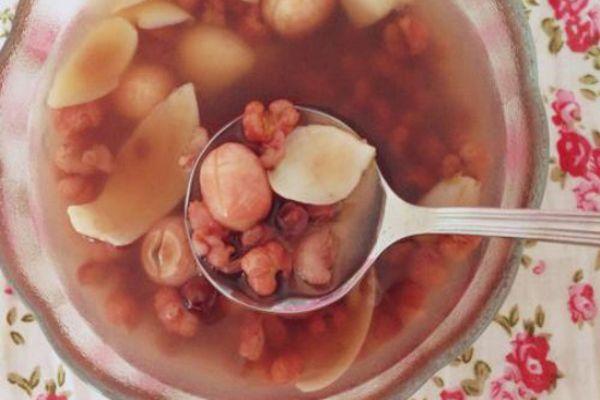 红豆薏米和什么搭配好 喝薏米红豆水最佳时间