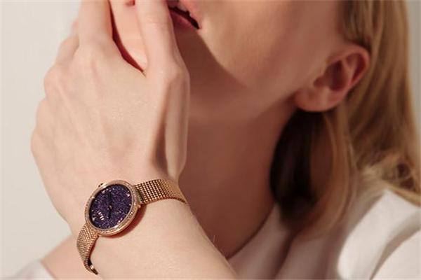 2019年流行什么手表 与众不同的品味