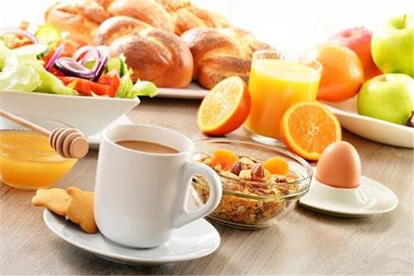 早餐应该吃什么最健康 早餐怎么吃最健康