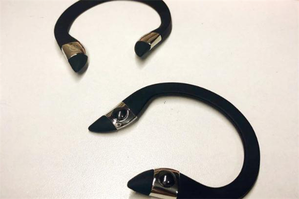 ear up瘦脸耳环怎么戴-ear up瘦脸耳环正确用法