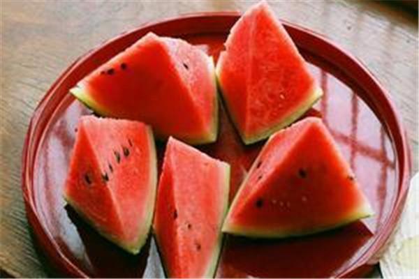 西瓜子吃了会长胖吗 西瓜子的功效