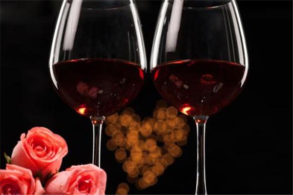 红酒是什么做成的 红酒是怎么做的
