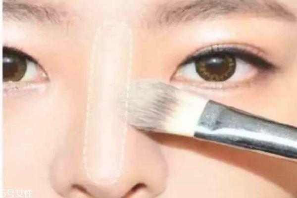 鼻子塌怎么化妆 塌鼻子化妆技巧
