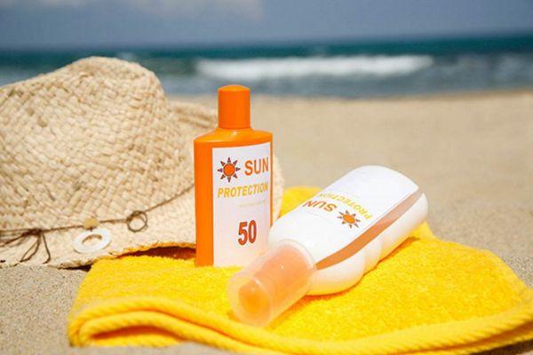 夏天要用spf多少的防晒霜 夏天选择防晒霜还要看pa值