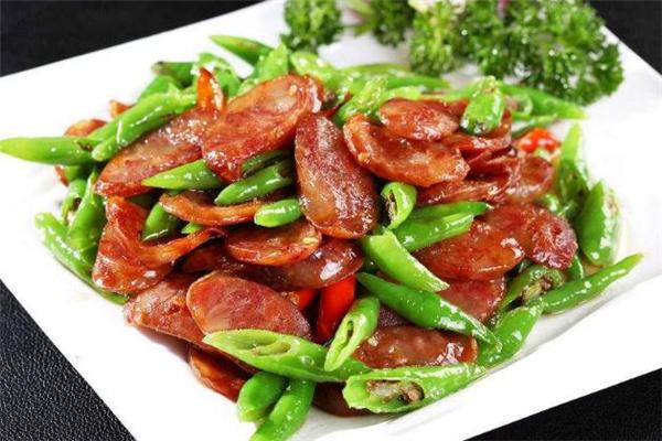 腊肠和什么菜一起炒好吃 腊肠最佳搭配